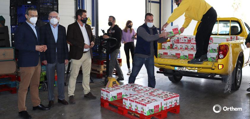 Orthem reparte 5 toneladas de leche entre Cáritas, Jesús Abandonado y el Banco de Alimentos de Murcia